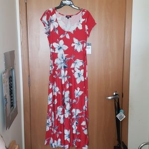 Long dress with flower detailing.